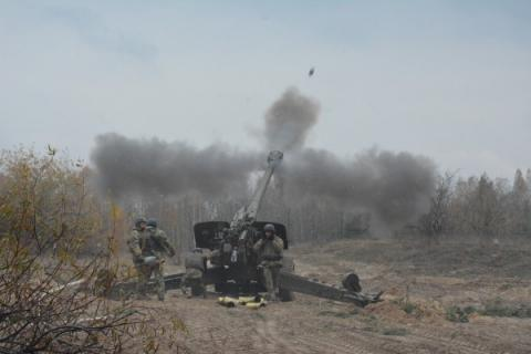 Russia-backed militants use mortars, RPGs to shell Ukrainian positions in Donbas