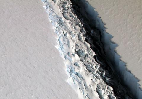 Big rift in Antarctica could create the largest iceberg since 2000