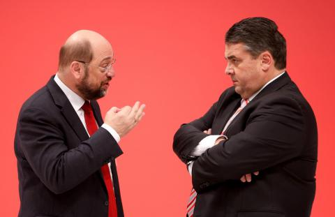 Germany's Chancellor candidate Gabriel steps down