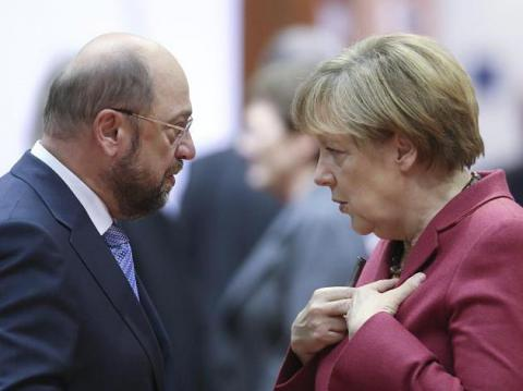 Poll: Schulz goes in lockstep with Merkel