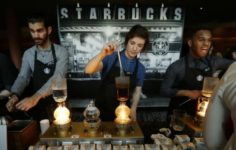 Out of spite of Trump's order, Starbucks to hire 10,000 refugees over next 5 years
