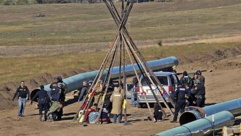 U.S. Army to allow work on Dakota pipeline