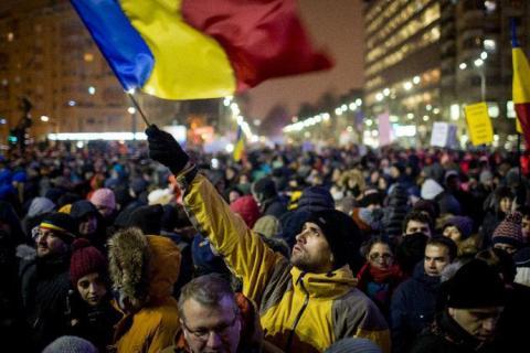 Romania decriminalizes some graft offences