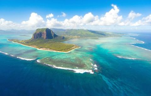 Researchers confirm existence of lost continent beneath Indian Ocean