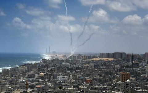 Rocket fired from Gaza explodes in Israel, Israel answers with tank shooting