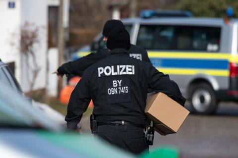 Searches in Germany, Britain focus on Islamists activities