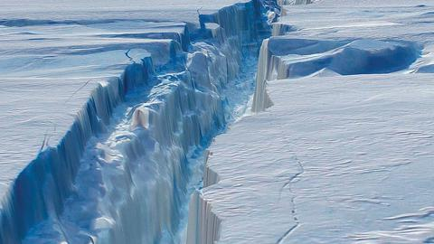 Local weather impacts melting of one of Antarctica