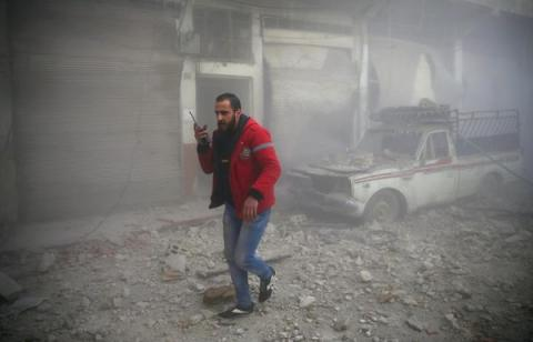 Syrian govt forces shells Damascus's outskirts