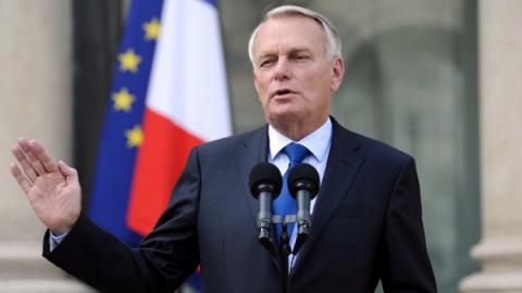 French FM accuses Russia of cyber attacks on pro-European presidential candidate