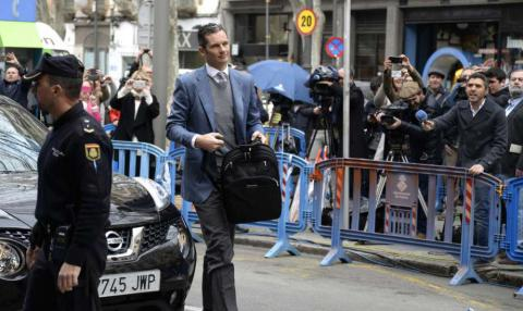 King of Spain's brother-in-law avoids jail while awaits appeal
