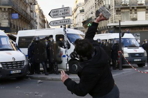 Eight arrested during protests in Paris