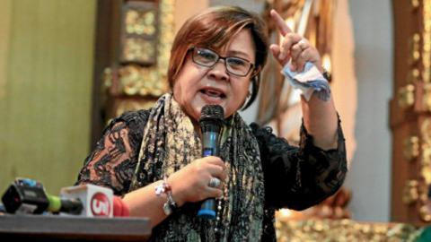 Arrested over drug charge Philippine senator de Lima petitions for nullifying warrant, claims innocence