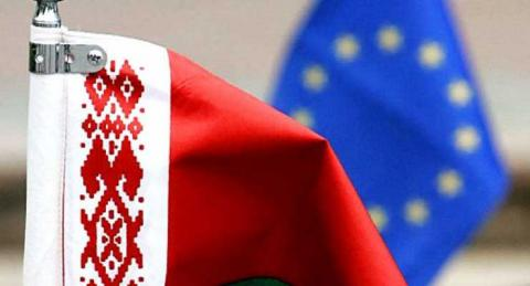 EU prolonged arms embargo, some sanctions against Belarus