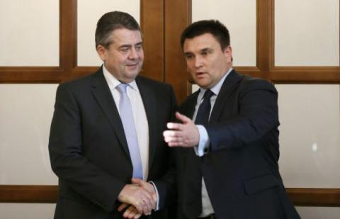 Ukrainian, German FM seek to improve SMM OSCE efficiency in Donbas