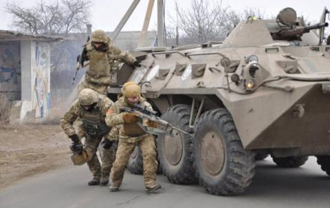 Ukrainian trooper killed, 5 injured in skirmishes with Russian-backed militants in Donbas