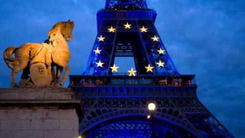 Poll: 72% of French don't want to quit eurozone