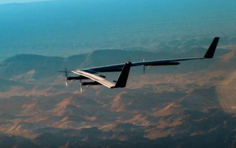 Aquila drone providing Internet access completed test flight