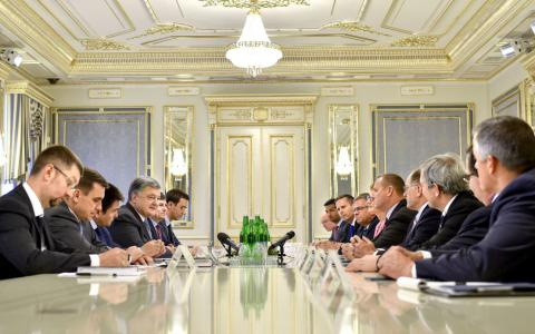 Ukrainian President Poroshenko meets with U.S. US Congress House of Representatives members