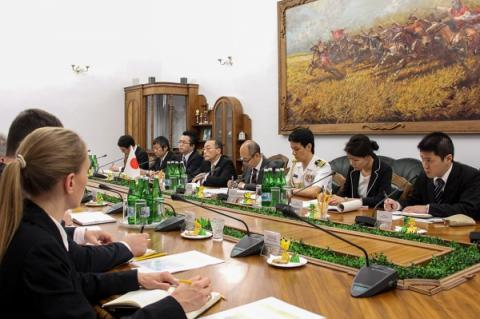 Ukraine, Japan defense ministry top officials discuss cooperation prospects