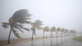 Hurricane Irma: Cuba hit with strong winds and heavy rain