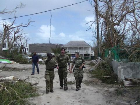 Govt defends 'appalling' Irma response