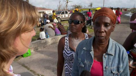 Hurricane Irma: Time runs out for Florida evacuation