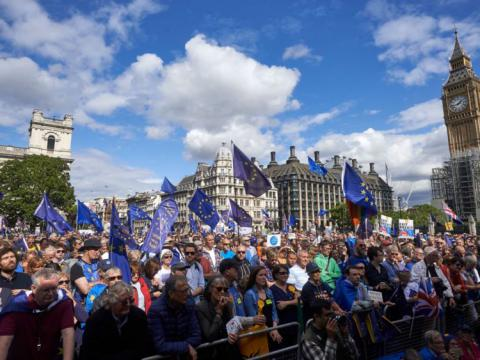 Anti-Brexit marchers demand UK remains in EU